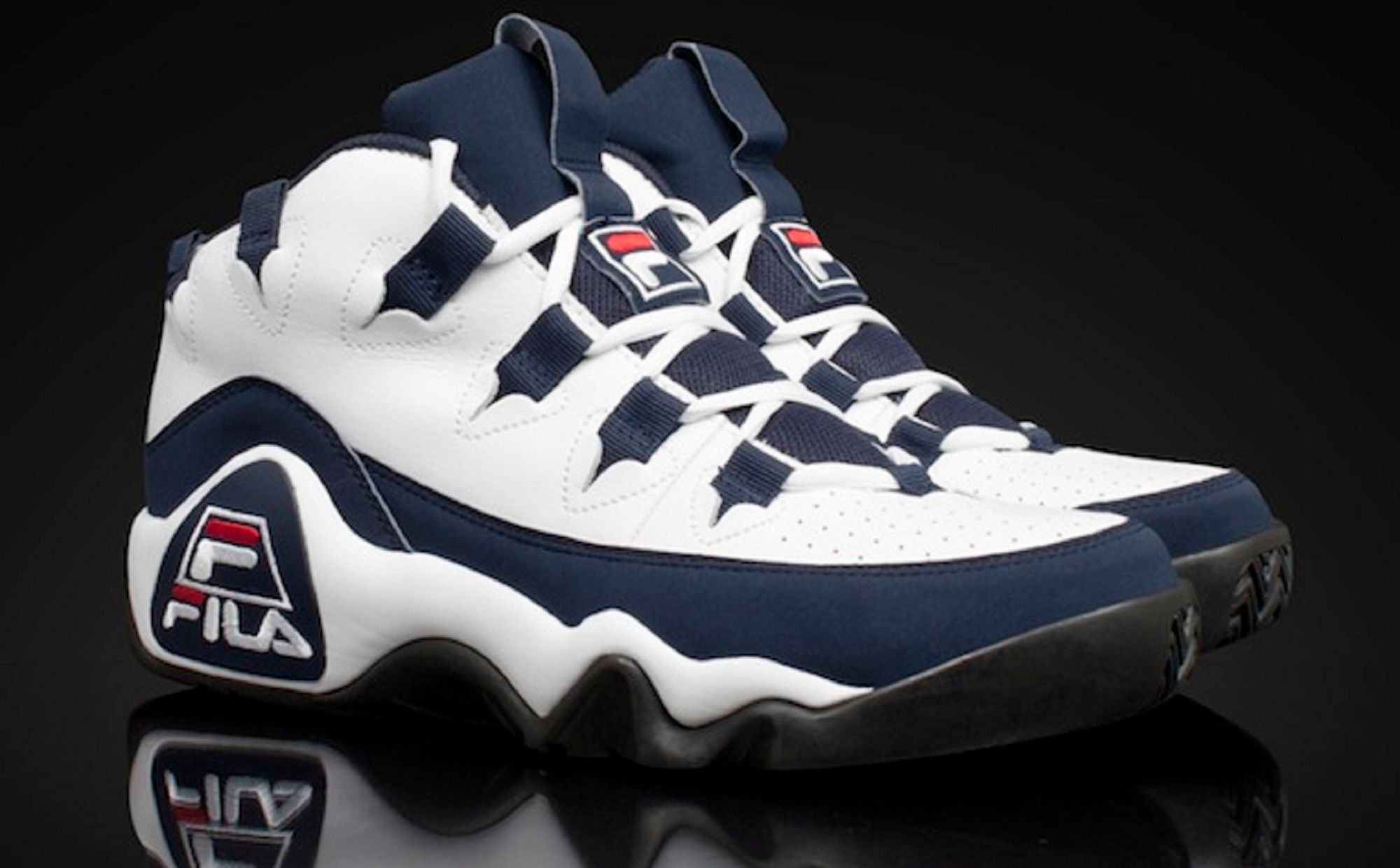 Top 15 Greatest Retro Signature Basketball Sneakers of All Time