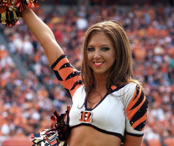 20 Most Scandalous Cheerleaders in Sports History | TheSportster