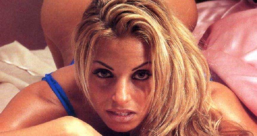 Trish Stratus Fully Naked 111