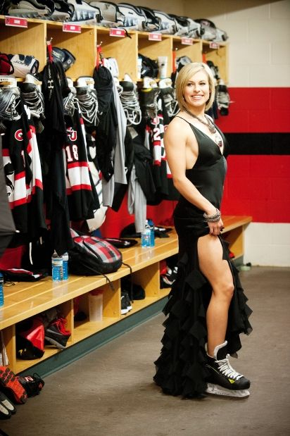 Female Hockey Players That Have Steamy Assets